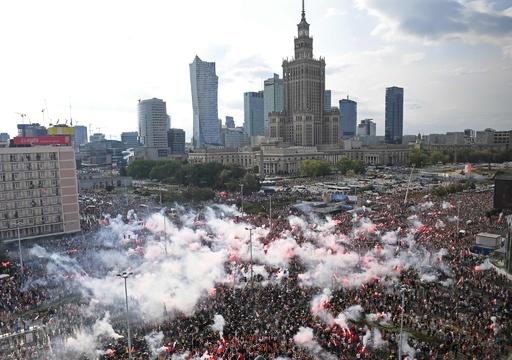 ワルシャワ蜂起75年、独外相 ポーランドに「許し」請う