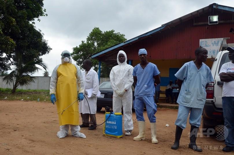 リベリア、エボラ対策で夜間外出禁止令
