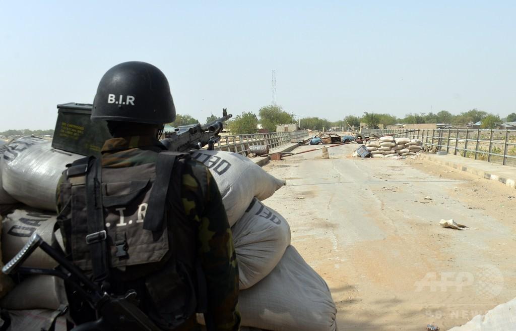 カメルーン治安部隊、ボコ・ハラム掃討作戦で住民に拷問か
