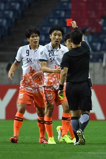 ACLでの乱闘で済州3選手に出場停止、浦和にも罰金