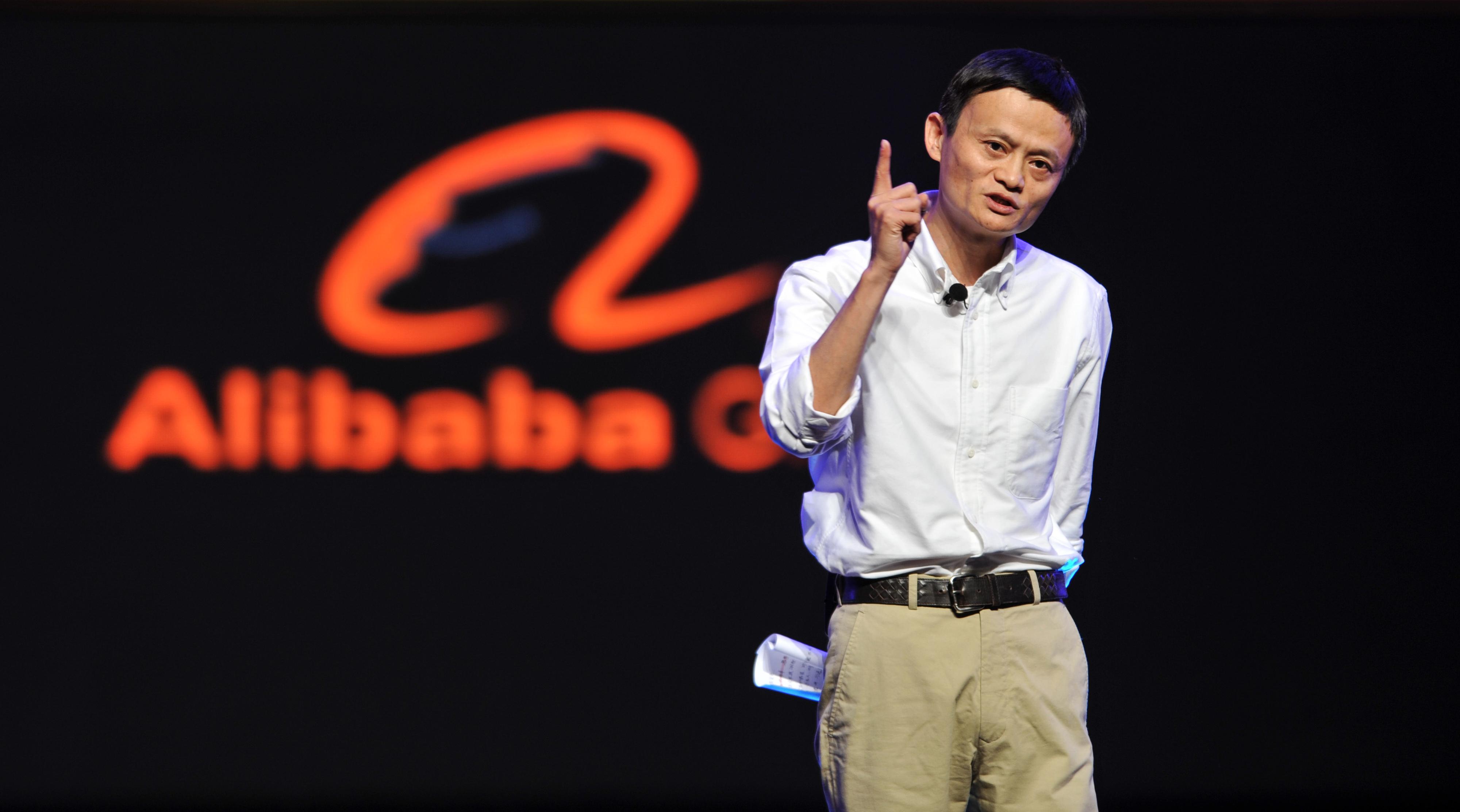 中国の億万長者数が1年で48人減少 98%が裸一貫から