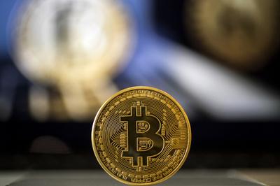 リトアニア、世界初のコレクション用仮想通貨の発行目指す
