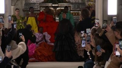 動画:リズム感あふれる、19年春夏パリ・オートクチュールコレクションを総ざらい