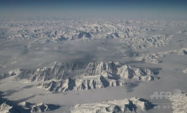 グリーンランドの気温が過去最高に、氷床の融解進む