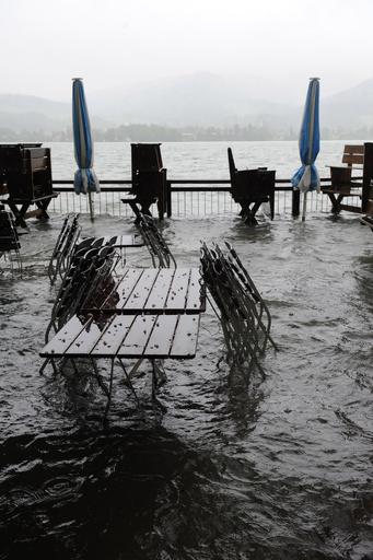 欧州中部、集中豪雨で洪水 4人死亡