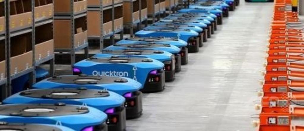 ロボットが走り回る…「お掃除」ではありません 広東・アリババ傘下の企業倉庫