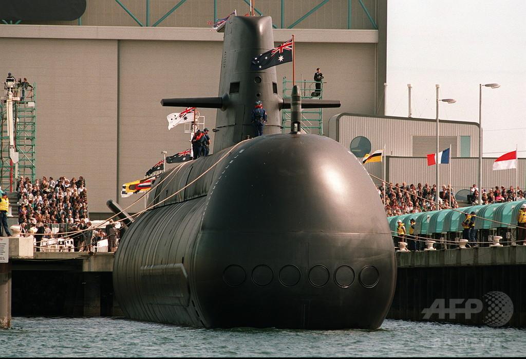 国営造船会社は「カヌー造りも疑問」、豪国防相失言に非難