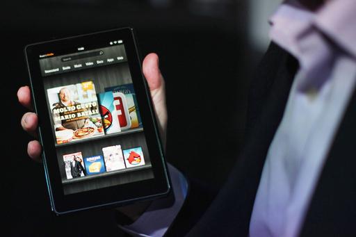 アマゾンのタブレット「キンドル・ファイア」、賛否両論のスタート