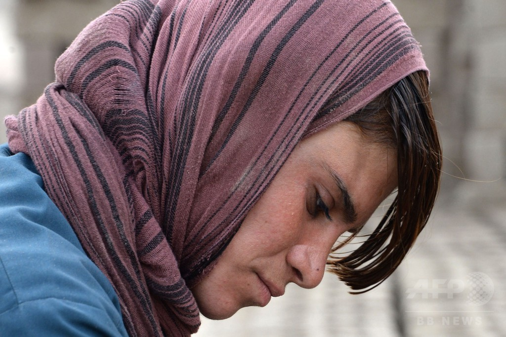 少年として生きるアフガニスタンの少女