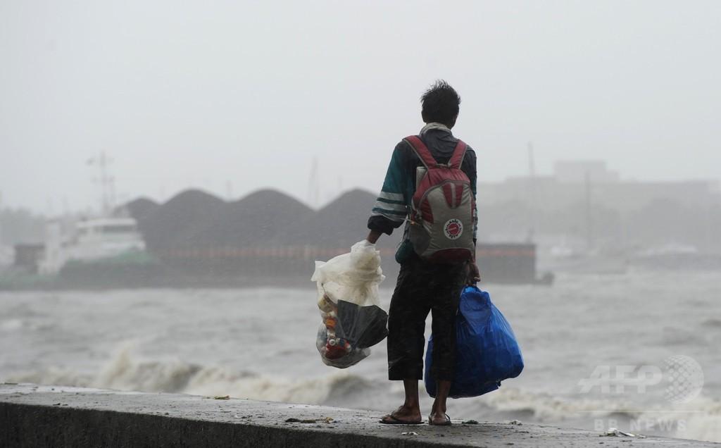 フィリピン、台風24号直撃で死者 2万3000人以上避難
