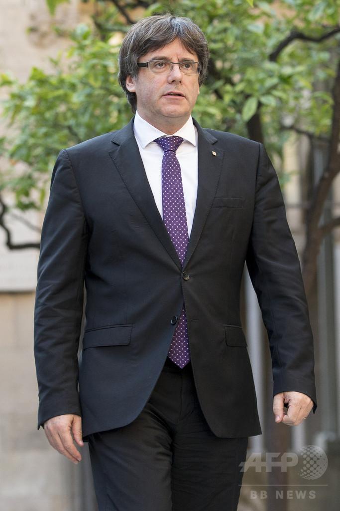 カタルーニャ州首相、独立宣言否定 中央政府は自治権停止手続き進める