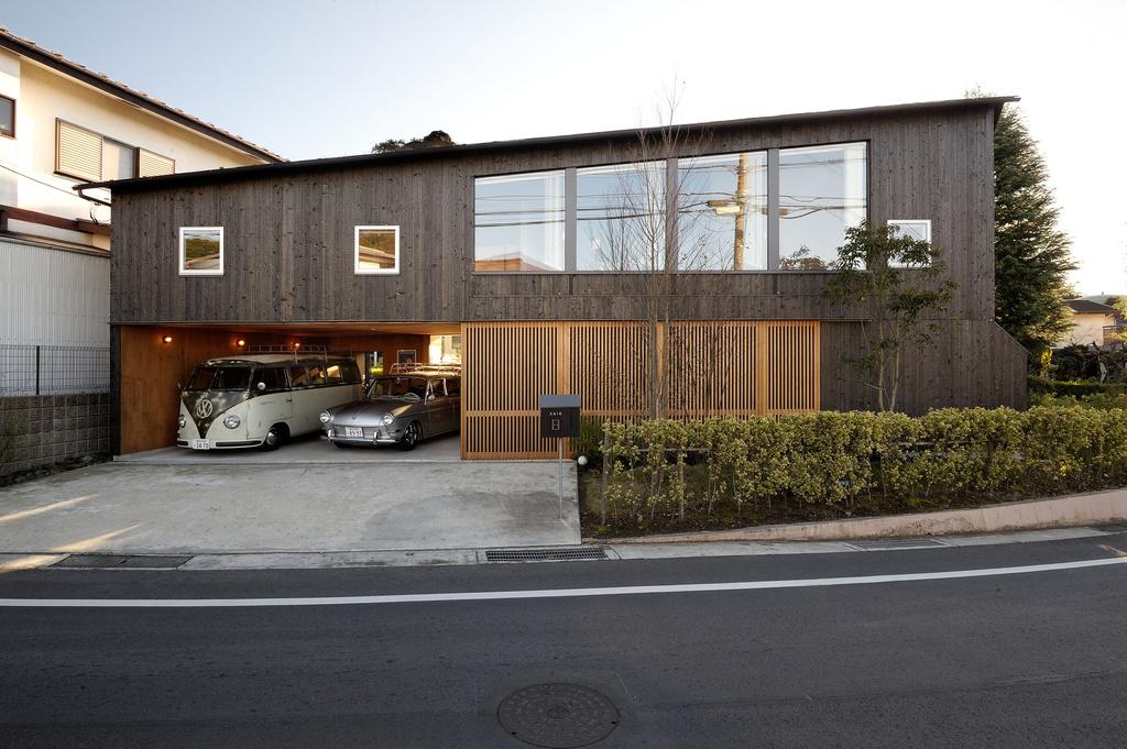 "【ENGINE・ハウス】鎌倉の新しい""和の家"" ヴィンテージ・ワーゲンとモダンな日本家屋"