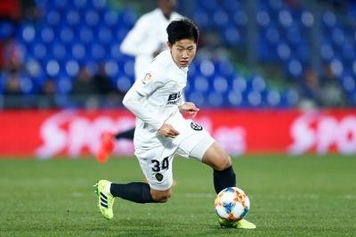 17歳の韓国人選手、バレンシアのトップチームに昇格