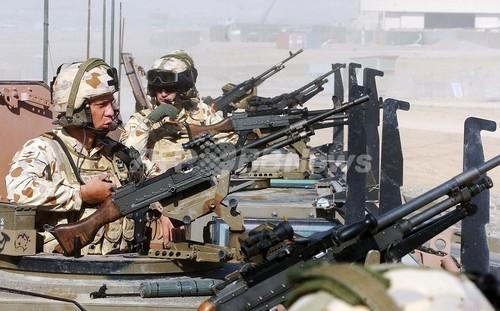 アフガニスタンで自爆攻撃、死者多数