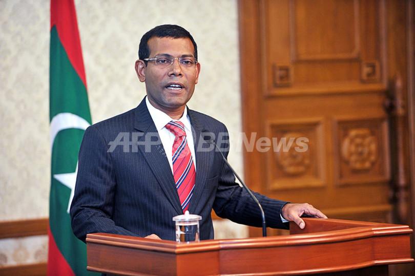 モルディブ大統領が辞任、警察の反乱受け