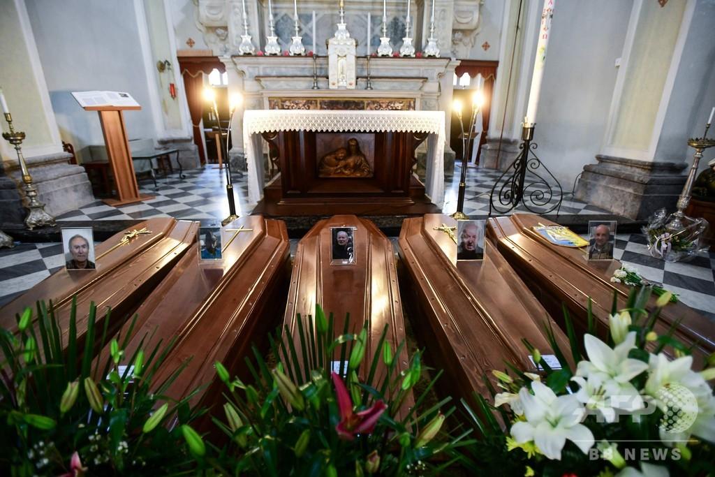 イタリアの聖職者らが相次ぎ死亡、患者の臨終に立ち会い 医師の死者数上回る?