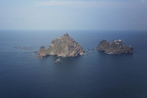 竹島遠泳リレーに人気韓流男優も参加、主演ドラマの放映延期