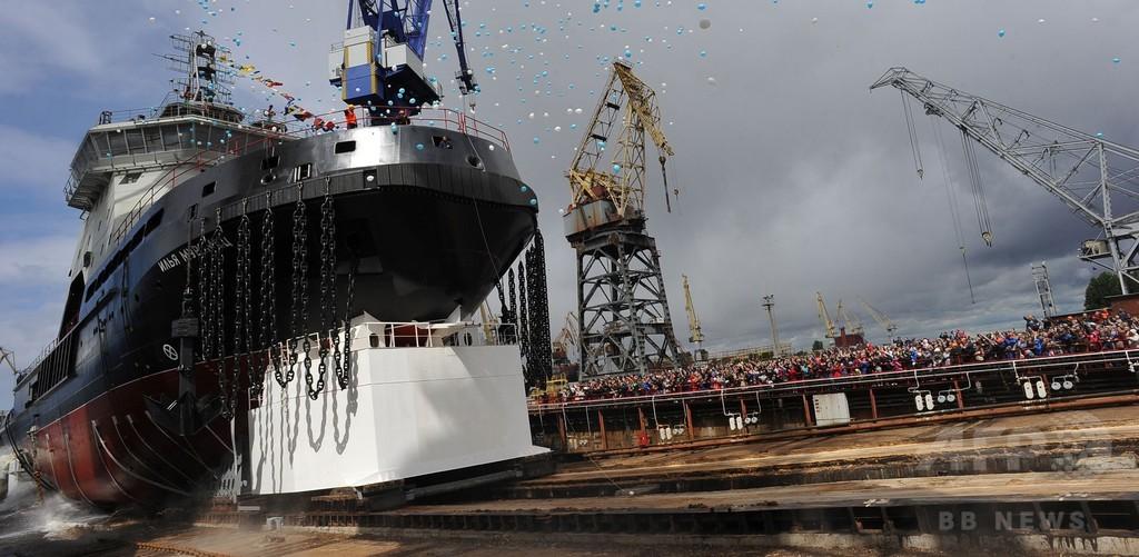 ロシア海軍の新砕氷船が進水、北極圏への軍事的関心が背景