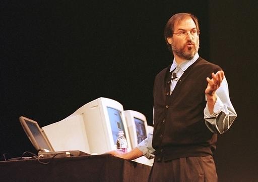 米アップルのMacintosh、登場から25周年
