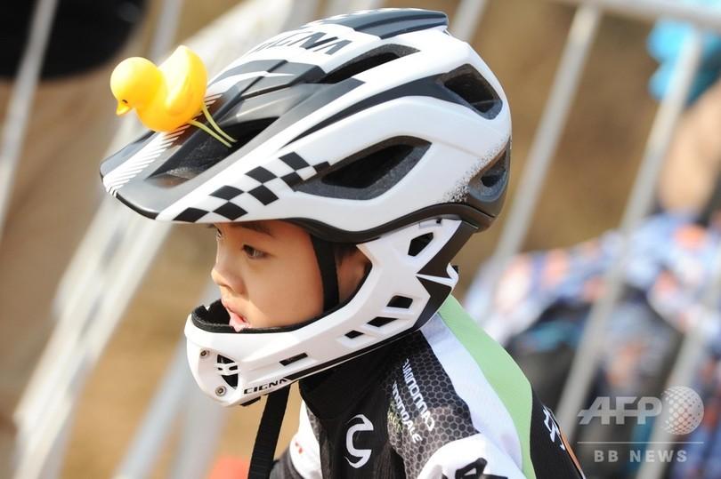 ちびっこたちの自転車レース 安徽