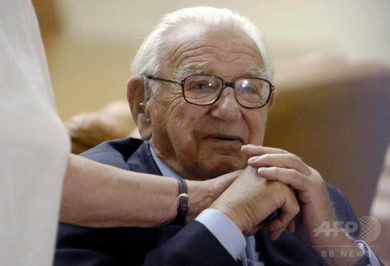 「英国のシンドラー」、106歳で死去 ユダヤ人の子ら669人救う