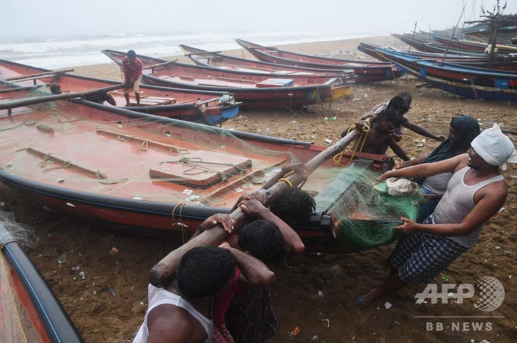 インドに20年ぶり大型サイクロン 100万人以上に避難命令