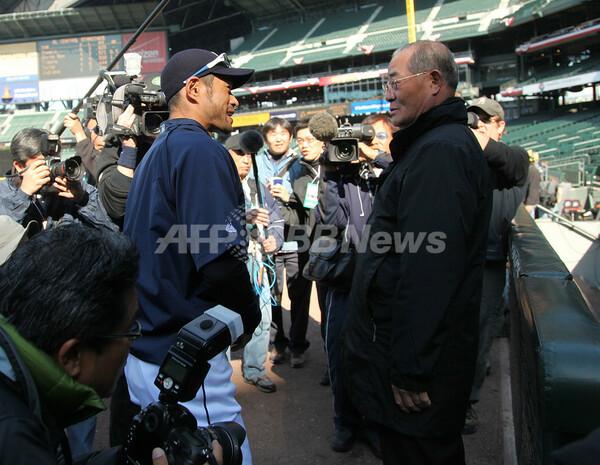 イチロー 満塁本塁打で張本氏に並ぶ