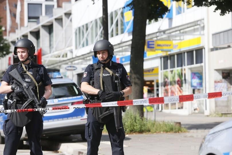 刃物男がスーパー襲撃、7人死傷 ドイツ北部