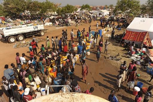 南スーダンで米軍オスプレイ3機が被弾、4人負傷