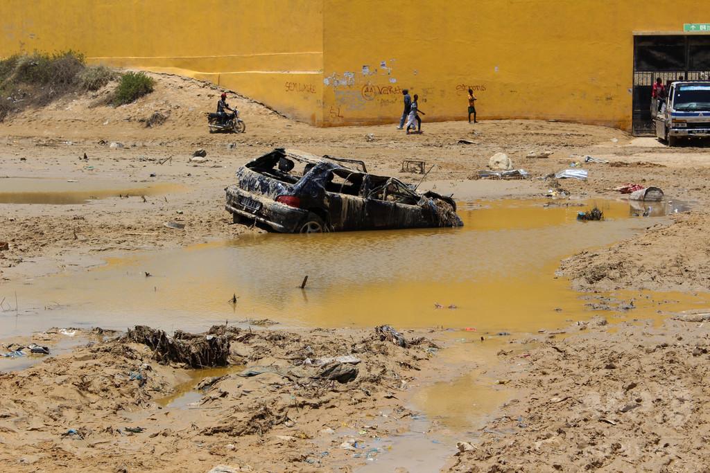 アンゴラで洪水、69人死亡 半数以上は子ども