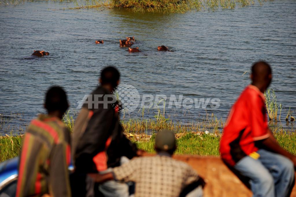 アフリカのタンガニーカ湖、1500年ぶりの高温 漁業に影響も