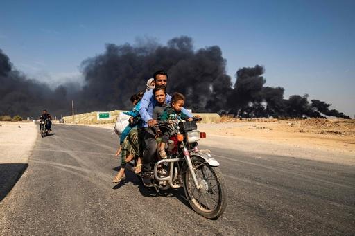 トルコの対クルド軍事作戦で「避難民30万人以上」 監視団発表