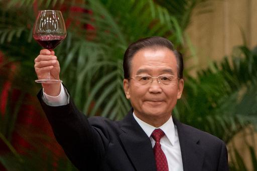 中国首相、「共産党の下に一致団結を」 国慶節祝賀会