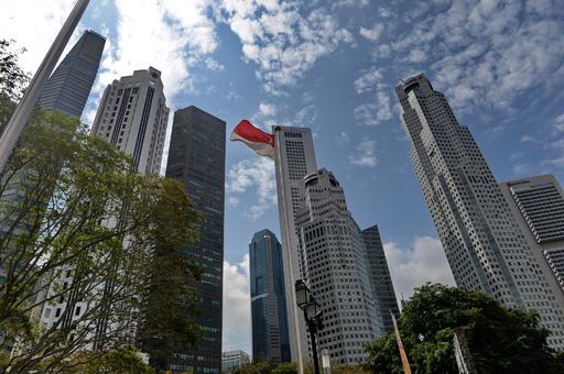 世界競争力報告、米国が2位転落 シンガポール首位に