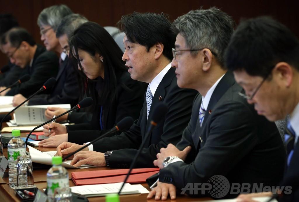 訪日中の米国防長官、小野寺防衛相と会談 中国をけん制