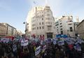 BBCに非難集中、ガザ義援金運動の放映を拒否