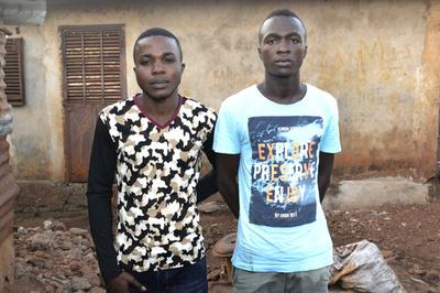 傷の癒えないエボラ孤児、社会復帰を支援 西アフリカ