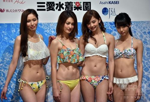 三愛60周年記念展覧会「楽園のステージ」でファッションショー