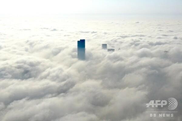 霧に覆われる南京市