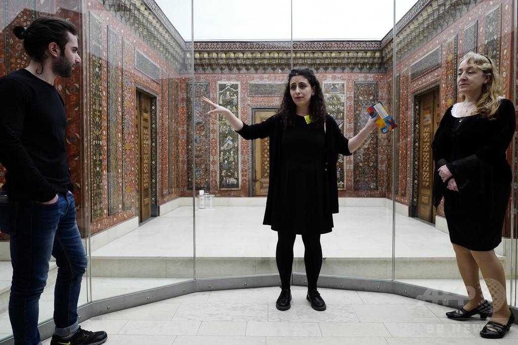 シリア難民、美術館ガイドとして活躍 ドイツ