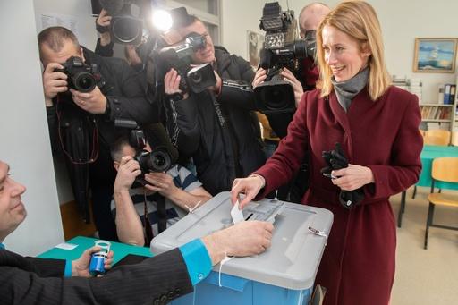 エストニア総選挙、リベラル派の野党が第1党に 極右も躍進