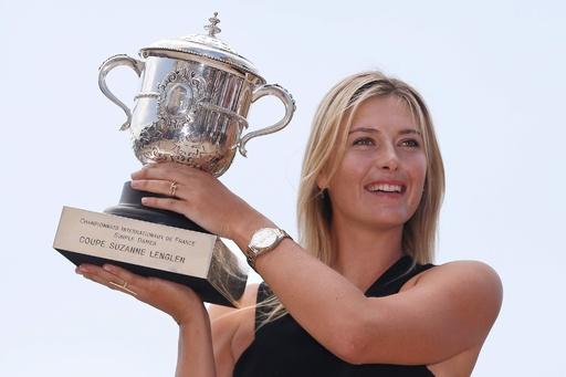 「テニスよ、さようなら」 シャラポワ、引退を表明