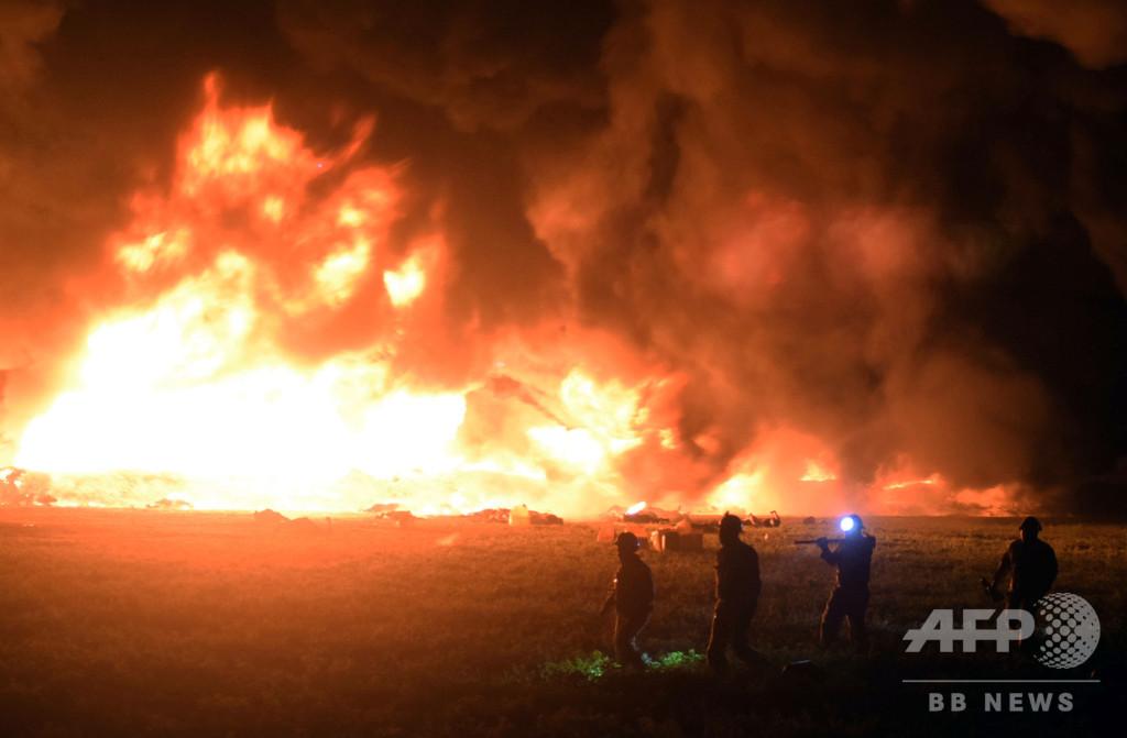 メキシコの石油パイプライン火災、死者85人に