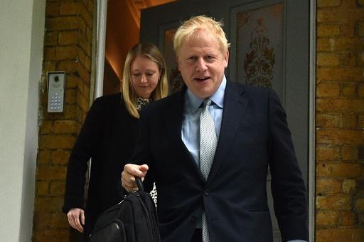 英保守党党首選、第1回投票はジョンソン氏が大差でトップ