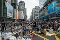 香港長官がデモ解散を