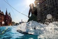 モスクワ中心部で水上スポーツ、市設立870年祝い
