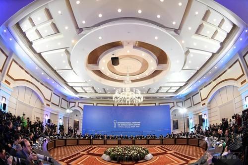 シリア和平協議、初日は大きな進展なし