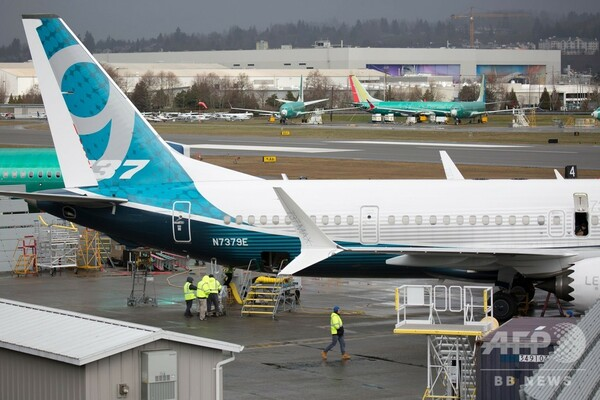 ボーイング、737MAXの納入を停止 墜落事故受け