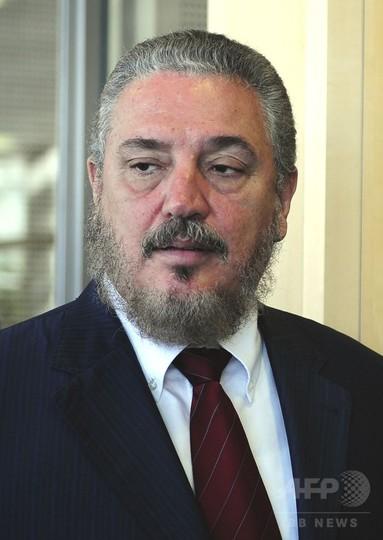 フィデル・カストロ前議長の長男が自殺、キューバ国営メディア報道