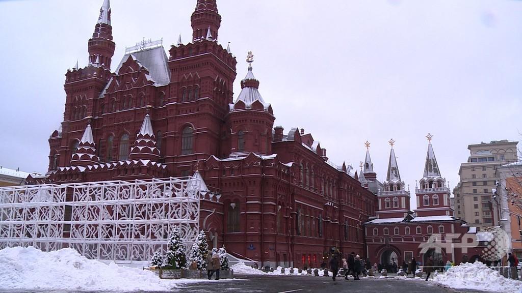 モスクワで記録的大雪 航空便数十便欠航